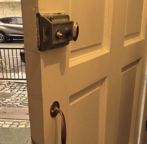 House Door Lock Replace